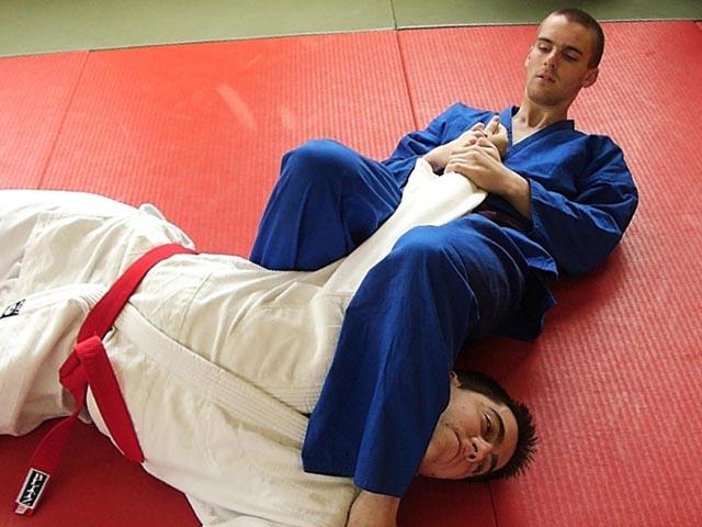 Ju Jitsu Başladı